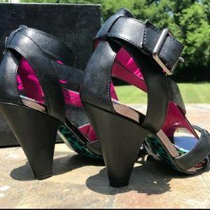 Betsey Johnson BVPierce Johnson strappy heels 7